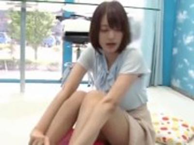 女子アナ志望の女子大生がインタビューと騙されハメられる!