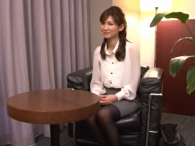 「性感帯が…クリトリスなので♡」某コミュニティサイトで出会ったエロ人妻とハードパコ!