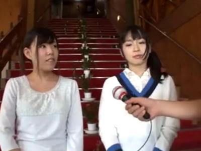 野球拳企画に参加してしまった美少女(右)が罰ゲームでガッツリ3Pさせられる神企画