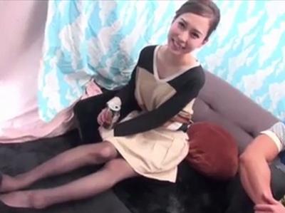 笑顔が可愛い21歳ギャルをGET!細身な体に隠した美乳を露わにしてモテナイくんと激パコ企画