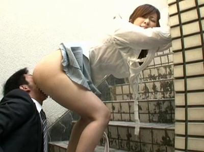 「クンニリングスしてほしいです…」舐められることが大好きなお嬢様がクンニに夢中w
