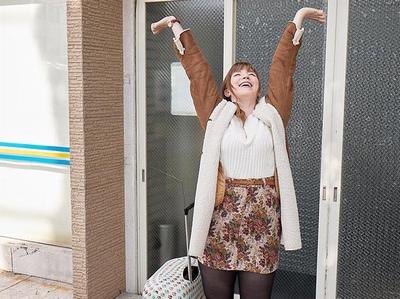 「ぁああ゛~いぐぅーー♡」片言の日本語ながら日本人チンポ大好きな白人留学生