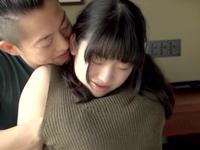 芦田愛菜そっくりの色白な黒髪ロリ娘とホテルでイチャパコ
