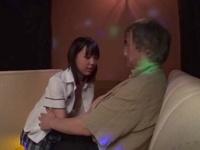 「外に出すって言ったのに!」おっぱぶで中年オヤジに中出しされる美少女JK