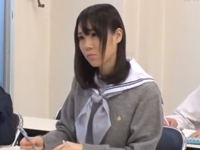 予備校に通う真面目JKが教室で集団レイプ→媚薬盛られイキ狂いからのガチ失神!