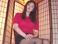 いやらしいカラダで男を誘惑する巨乳熟女→本能のまま男のチンポ食い散らかし!