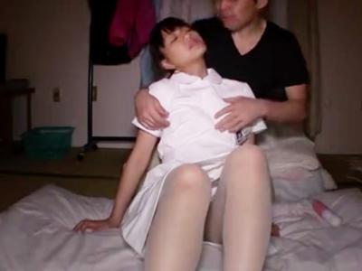 患者の自宅に上がり込み顔射SEXしちゃう変態美少女ナース