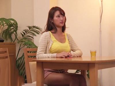 巨乳ギャル・若菜奈央が妹の彼氏を誘惑→寝取り中出しパコ!
