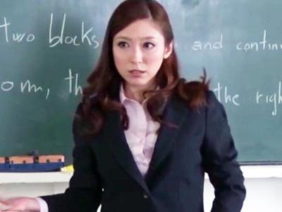 「いっぱい出していいのよ?」童貞生徒達の性欲を全て受け止めるドスケベ痴女教師