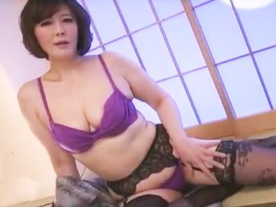 「大満足・・」美熟女が日々の欲求不満を若チンポとのセックスで解消