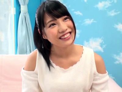 メイド居酒屋で働くアイドル志望娘をマジックミラー号に連れ込み生ハメSEX!