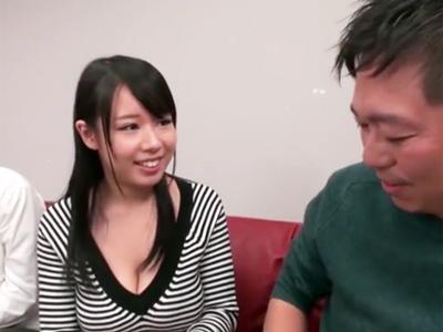 ふっくら爆乳美女の塚田詩織ちゃんのねっとりとしたスローパイズリでザーメン枯渇
