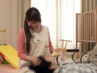 「ミルクの時間ですよぉ♪」巨乳お姉さんが授乳手コキからのガチパコでザーメンミルクぶっかけ