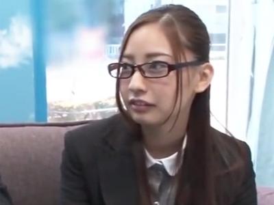 MM号で元ギャルの眼鏡OLお姉さんが昔を思い出して濃厚パコ