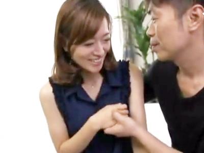 美形な熟女妻にザーメン大量顔射→強引にお口にチンポぶち込んで強制お掃除フェラ