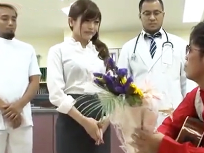 入院患者の性欲を全て自分で受け止めるドスケベ女医w