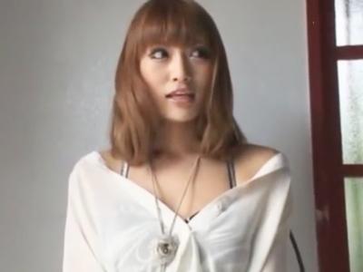 神女優・明日花キララちゃんの極上フェラ&手コキで絶頂イキ!