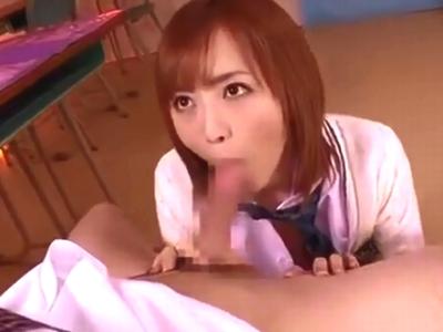 美少女JKが放課後の教室で同級生を誘惑しチンポを求めるw