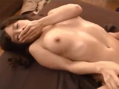 マッサージに来た美女が鬼畜男の性感マッサージで強制発情させられてパコ展開