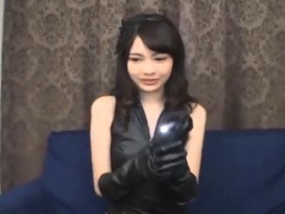 跡美しゅりのパイパンマンコに生挿入→膣奥に濃いザーメンたっぷり中出し!