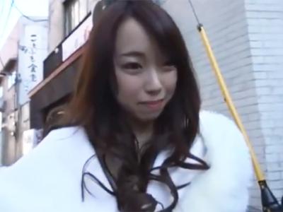 熊谷駅前でナンパGETした素人娘を口説き落として即日顔射パコ