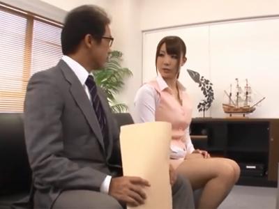 男性社員であれば誰でも使える肉便器係りに任命されてしまった美人OL