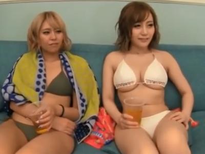 海辺でナンパした素人ギャル娘達を即日パコで無許可中出し