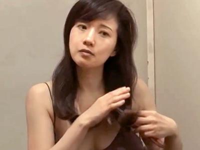 巨乳と性欲を持て余したドスケベ人妻熟女が不貞ファック三昧