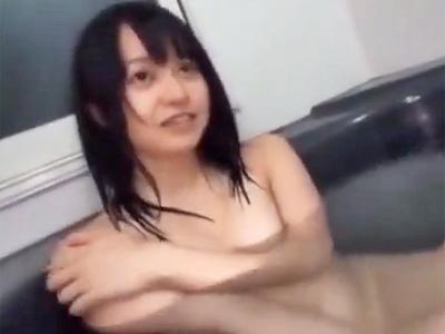 「お兄ちゃんのおっきぃ」ロリカワな妹とお風呂場で近親相姦パコw