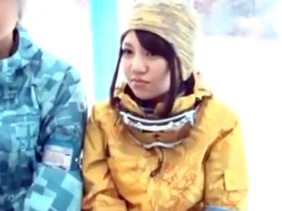 彼氏とスキー場に来た田舎の21歳素人ビッチにイケメン派遣→あっさり中出し許可