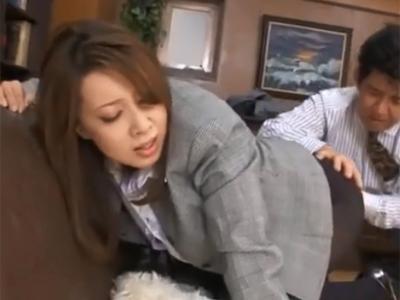 巨乳秘書がムラついた社長に強引に奉仕命令を受けて仕方なく性欲処理