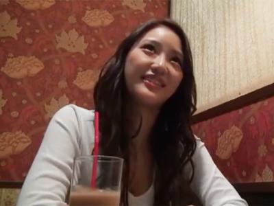 ギャル系の色気ムンムン美女をホテルに連れ込んでのザーメンぶっかけハメ