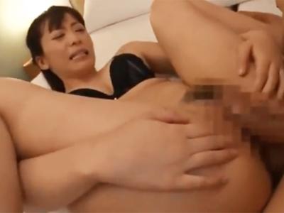 「あぁぁ!イっくぅ!」敏感お姉さんが生膣にザーメン生中出しされて痙攣イキ