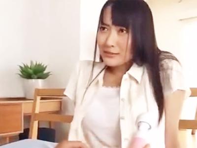 現役女子大生が初めてのAV撮影で痙攣しながら本気イキ!