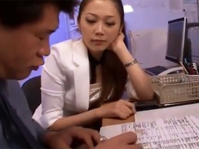 「勝手にイっちゃ駄目だからね?」痴女お姉さんが部下チンポを射精管理